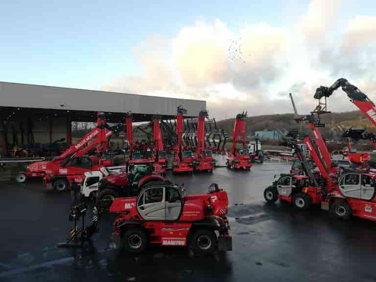 Handling and lifting equipment dealership