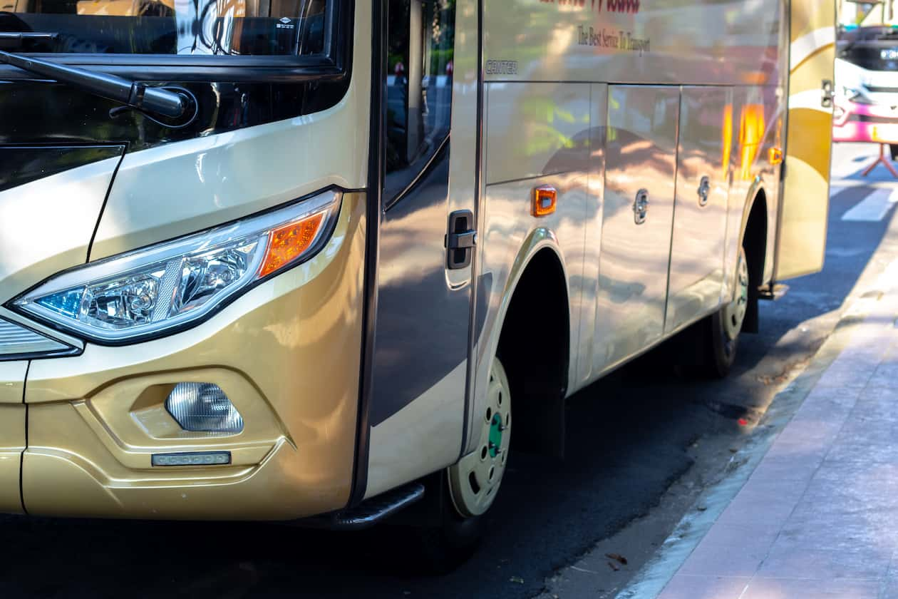 Coach / Bus